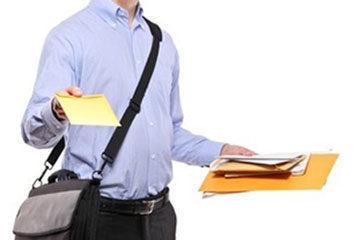 Atto impositivo notificato ad un familiare: necessaria la raccomandata informativa