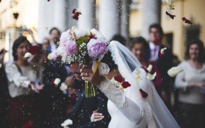 Il fotografo smarrisce le foto del matrimonio? No al danno non patrimoniale per gli sposi